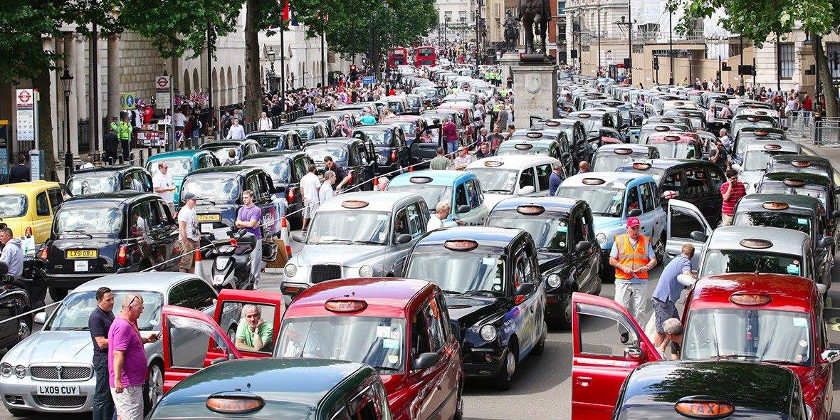 uber-uk-boss-says-regulators-should-leave-uber-alone-and-make-life-easier-for-londons-black-cabs